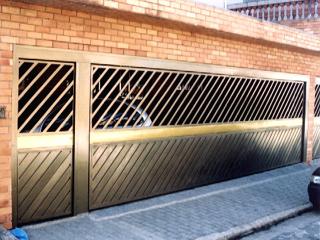 Portões para Garagem em Diversos Tamanhos e Modelos.